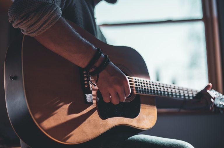 accord guitare facile simple